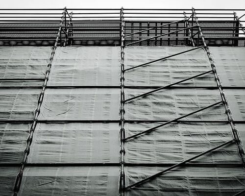 industry-scaffolding-scale-site-renovation-work
